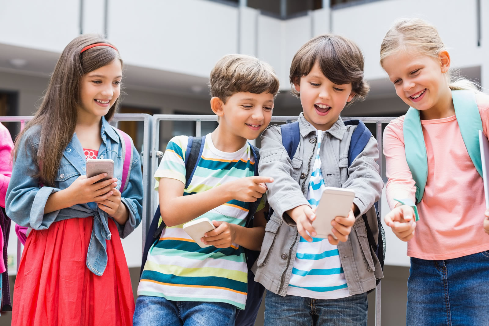 Kids-taking-selfie-with-mobile-170785238